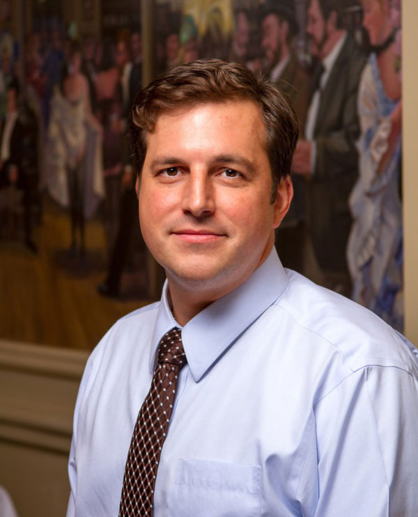 Picture of General Manager David Hart